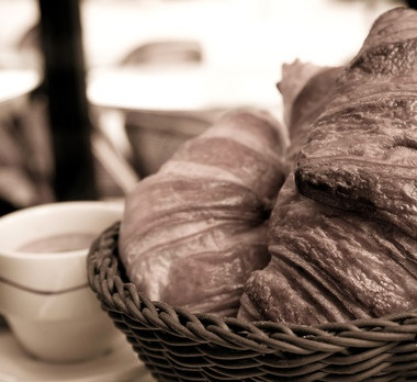 cw06rd-breakfast-m_0eh09o0ak09o01z000.jpg